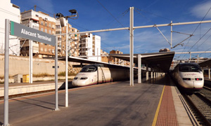 RENFE 100.114 100.119 AVE 5153 Alacant=24 20 01 29