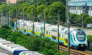 CRRC: Rollout des neuen WESTbahn-Zuges - Lok Report, IRJ, RailColorNews